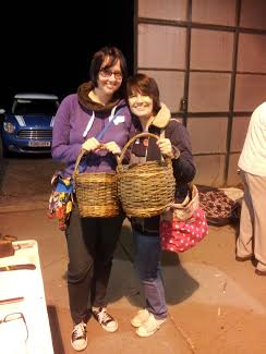 Beginners basket weaving at Ashmans Farm