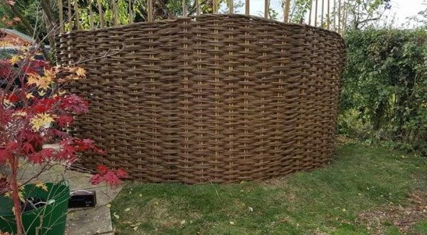 willow fence, hurdle, fencing, Bocking, Essex weaver, living willow fence, fedge.