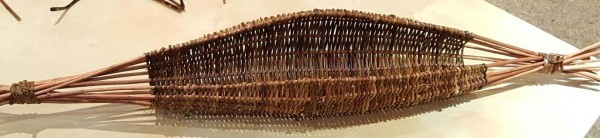 frame willow basket, beginners weaving, willow weaving for beginners and improviser's, debhartwillow, debhartwillowworks.