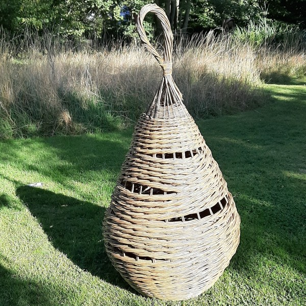 willow sculpture, sustainability, art in the landscape, willow weaving, Essex weaver